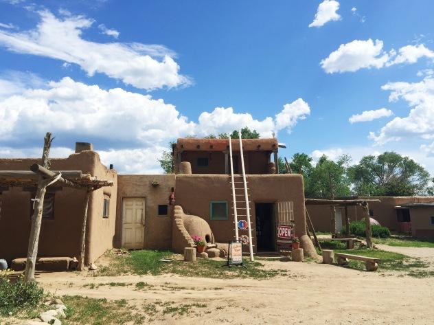 Taos Pueblo architecture and living quarters