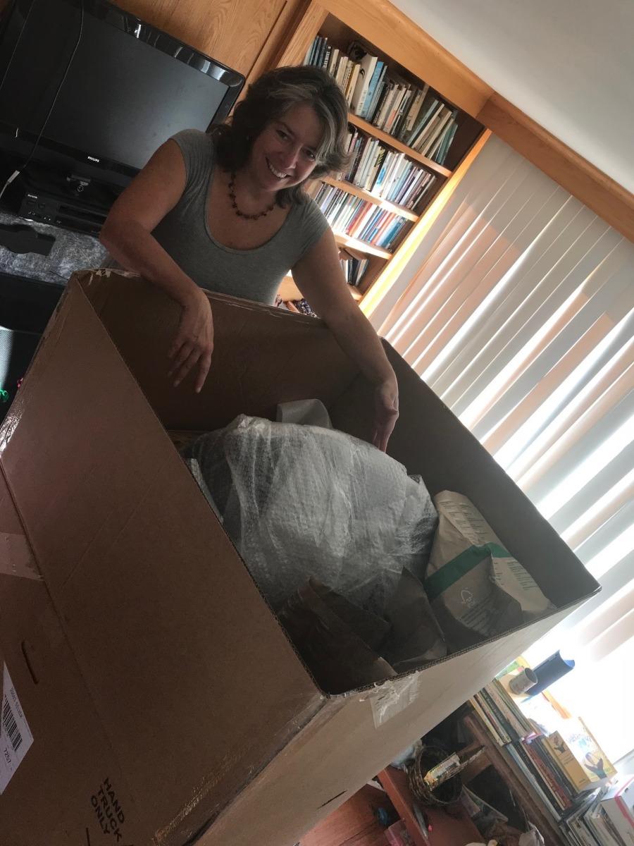 Elise packing